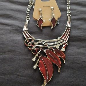 New fashion statement necklace & earrings